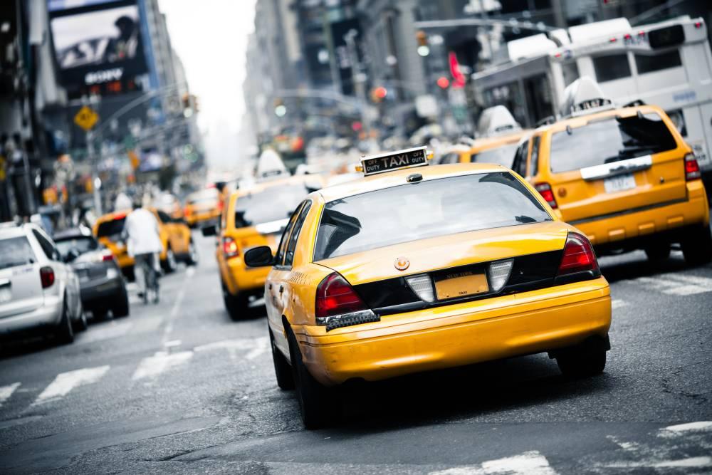 Как открыть службу такси и с чего начать