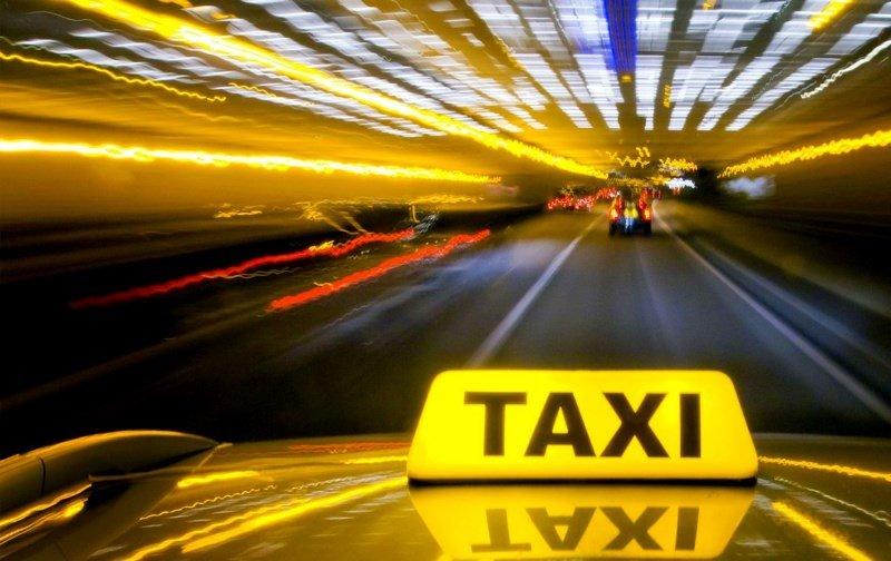 Программа для такси — ее особенности и свойства